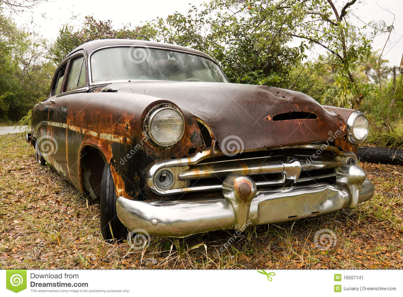 Old Rusty Car Stock Image - Image: 16507141
