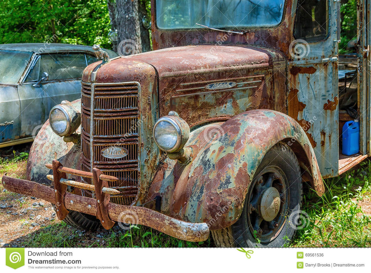 Old Rusty Mack Truck editorial stock image. Image of metal - 69141199