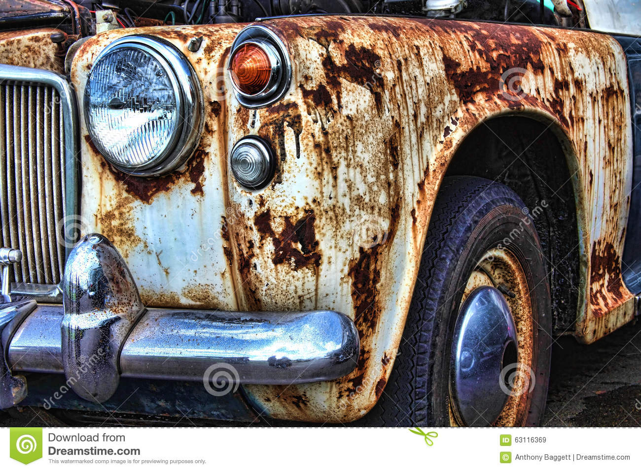 Old Rusty Vintage Classic Car Stock Image - Image of aged, hood ...