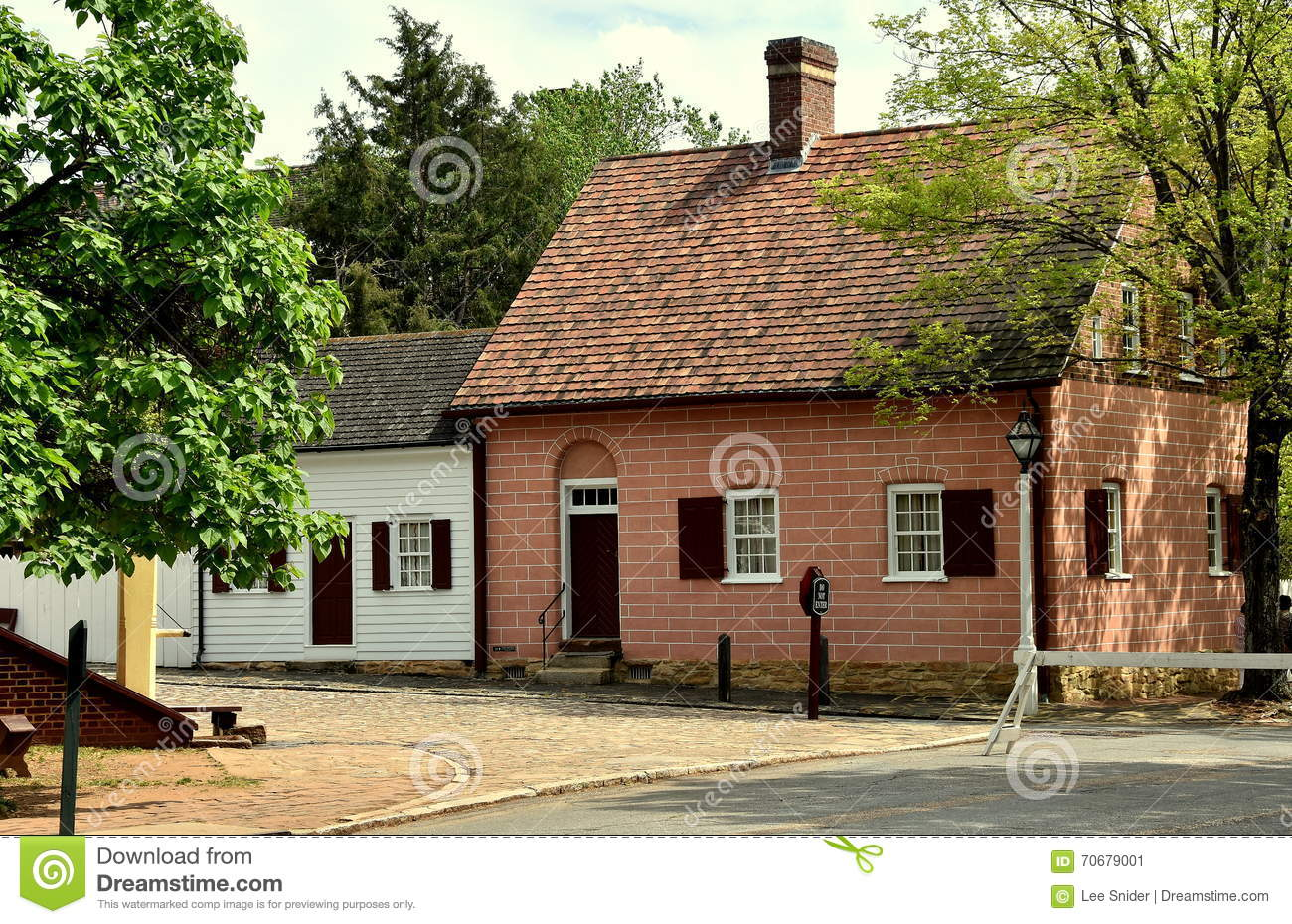 Old salem nc 18th century moravian houses editorial Century home builders