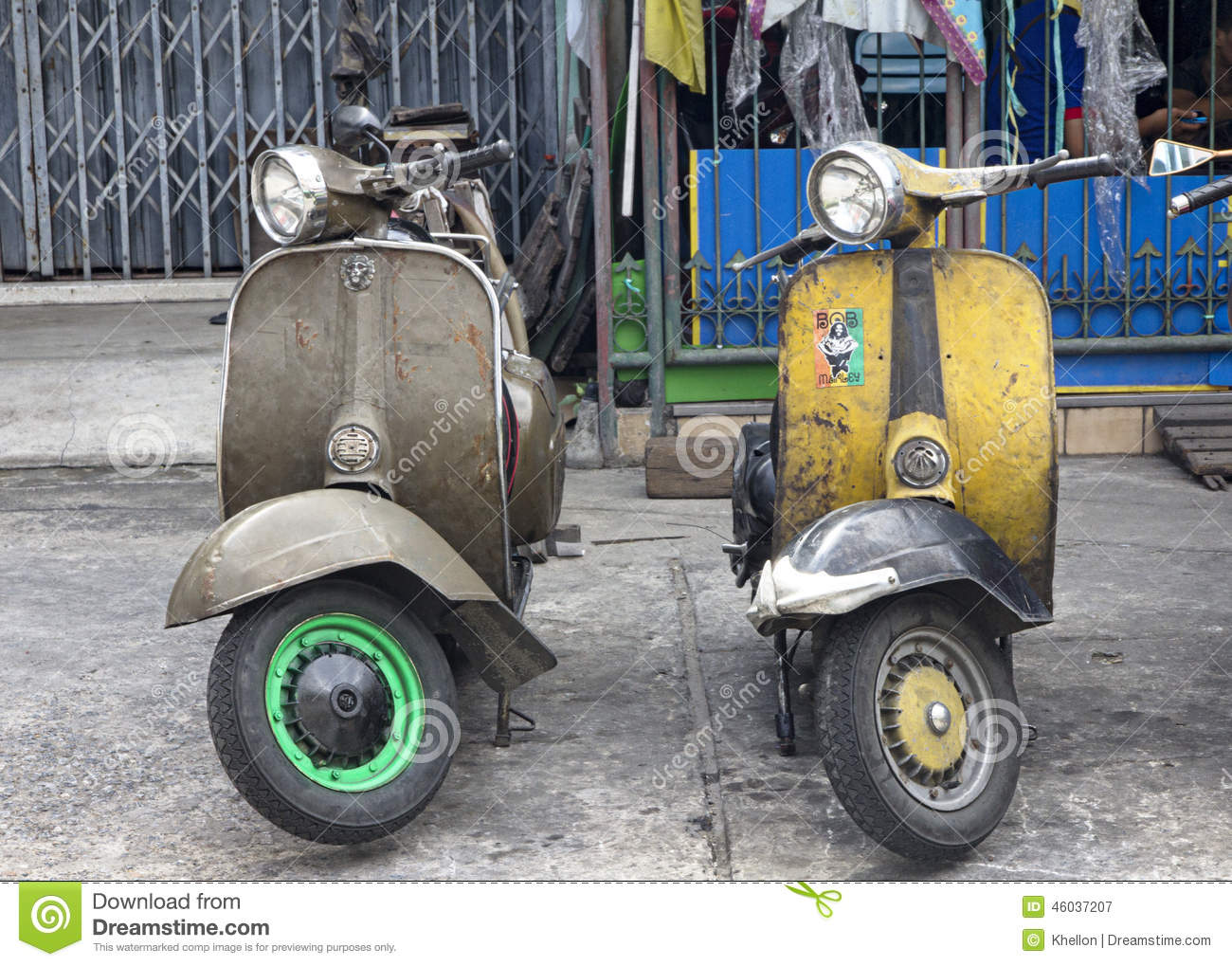 CLASSIC LAMBRETTA SCOOTERS FOR SALE - SCOOTERS
