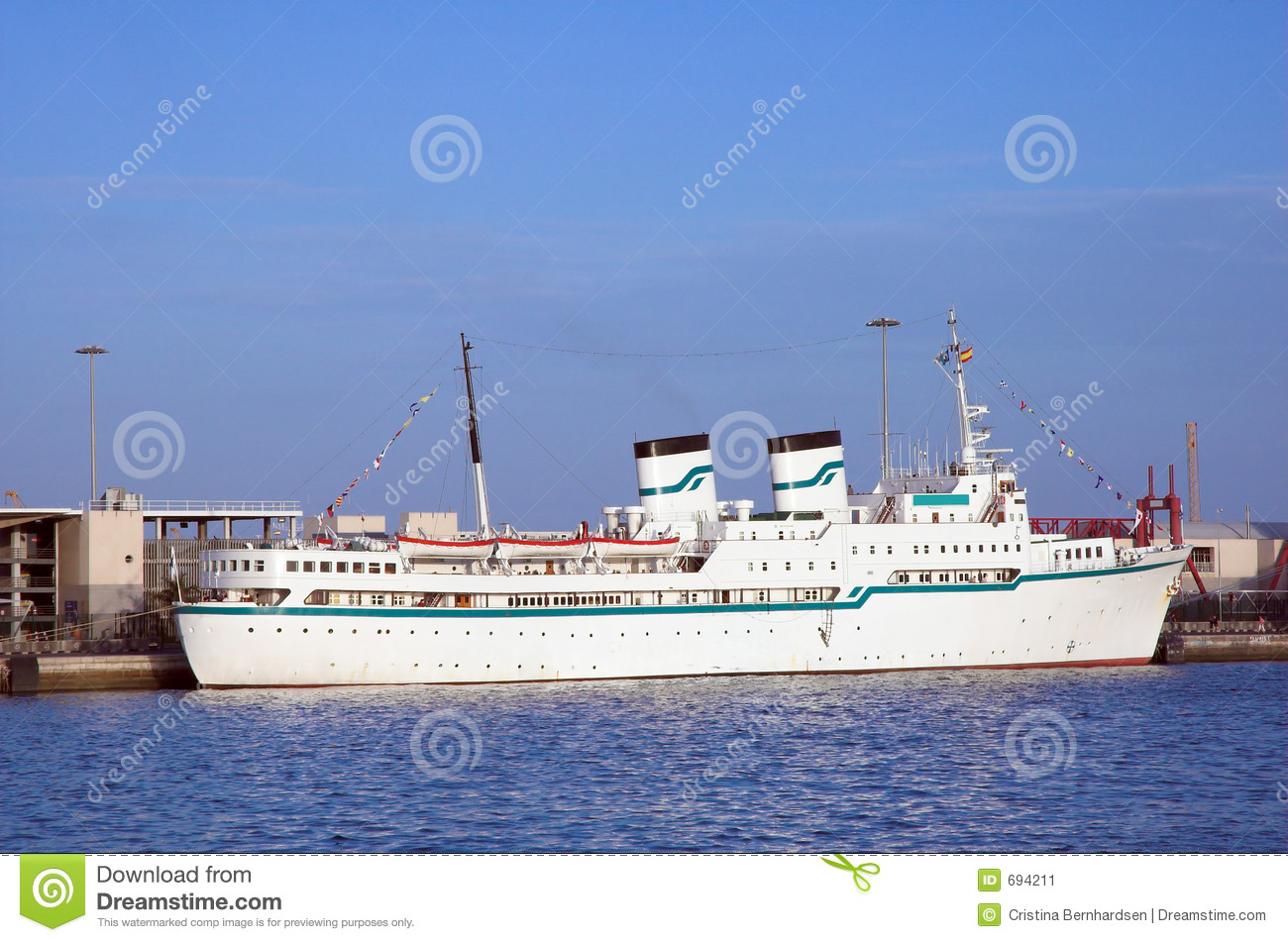 Old and small cruise ship stock image image 694211 for Small cruise ship lines