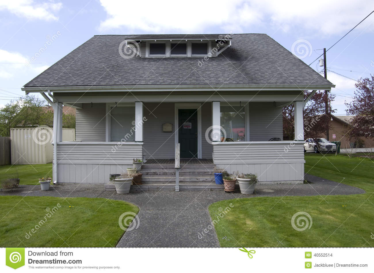 Old small house stock photo image of estate wooden 40552514 - Photo small house ...