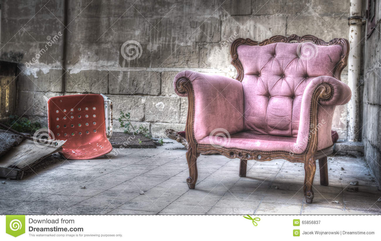 Old Sofa Chair Outdoor Stock Image Image Of Still Winter 65856837