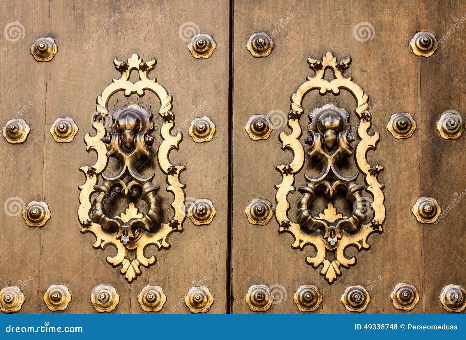 Old spanish door stock photo image 49338748 for Door in spanish