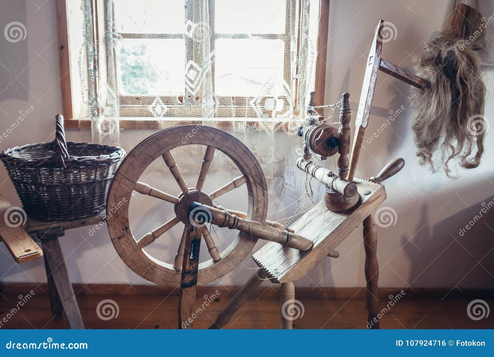Old Spinning Wheel Stock Photo Image Of Masuria Museum 107924716