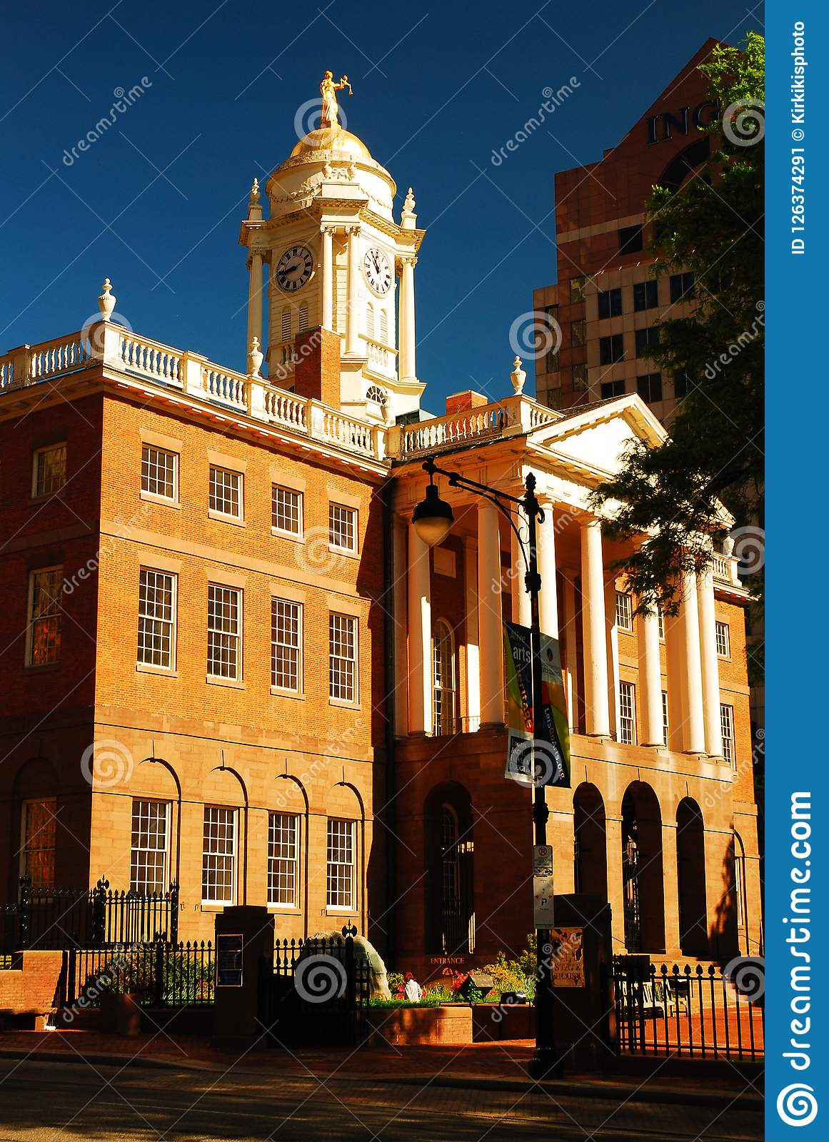 Hartford Old State House