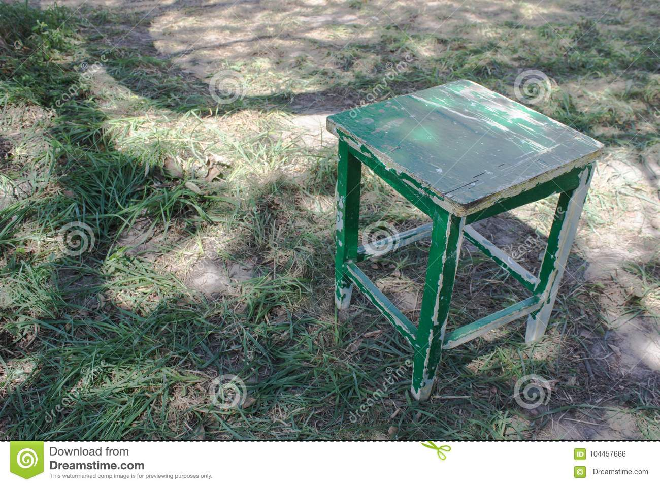 Miraculous Old Stool With Peeling Paint In The Garden Stock Photo Lamtechconsult Wood Chair Design Ideas Lamtechconsultcom