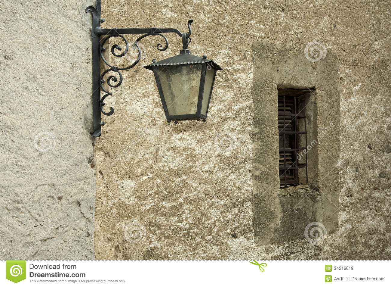 Wall Street S Bright Lights : Old Street Light At A Wall Royalty Free Stock Images - Image: 34216019