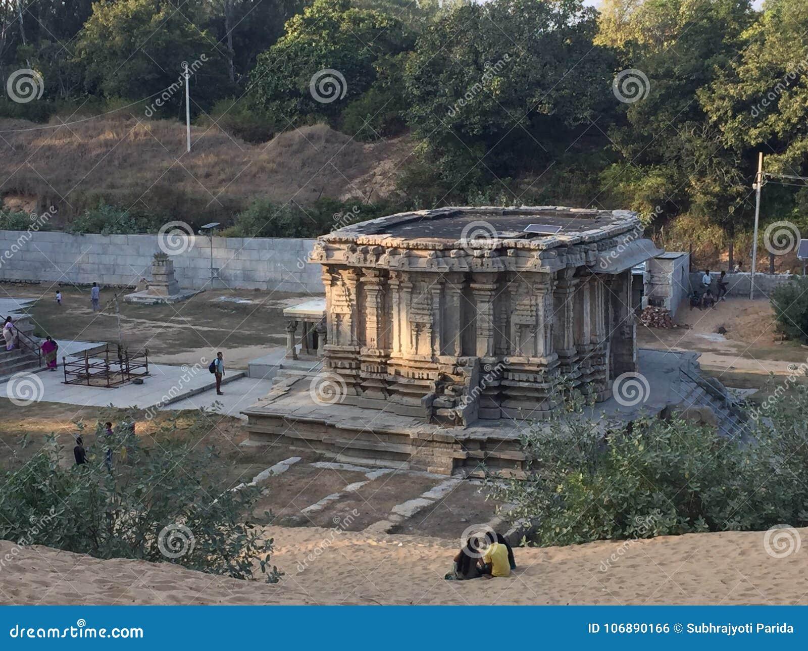 An Old Structure Of Sri Keerthinarayana Temple At Talakadu