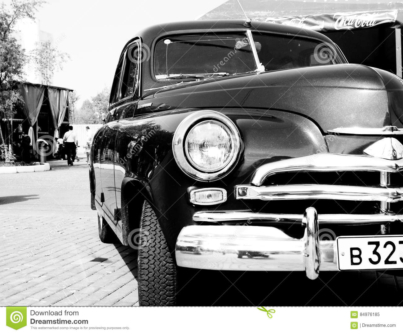 Old style car editorial image. Image of white, steel - 84976185