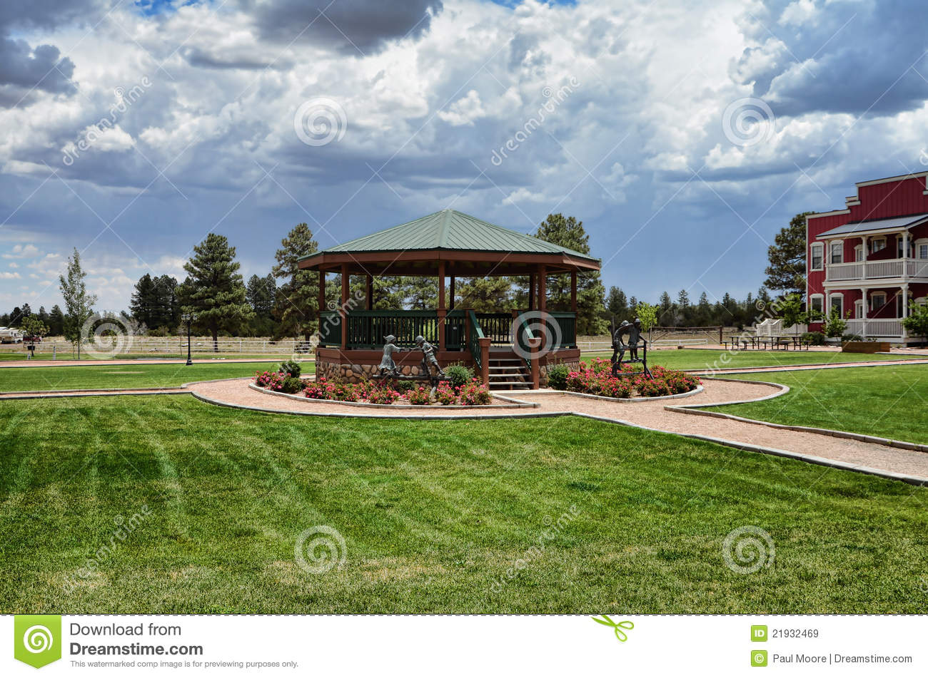 Old style gazebo royalty free stock images image 21932469 - Gloriette fer smeden ...