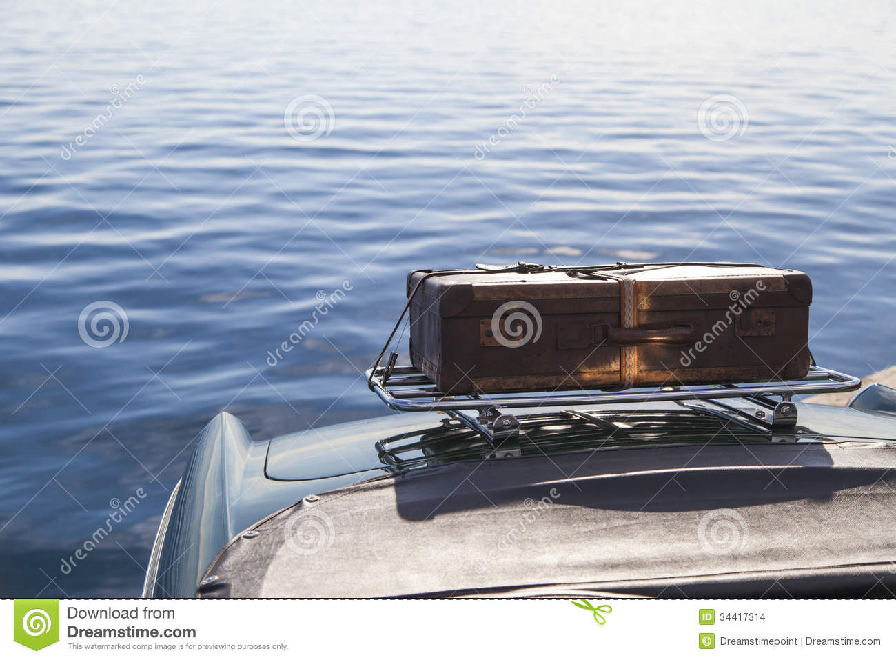 Stock Images Old Suitcase Vintage Sport Car Back Sports Leather Case Image34417314 together with Greta 3796 also Technology Audio also Onkyo furthermore Vega Woodsongs C fire Long Neck Banjo. on old time radio tuners