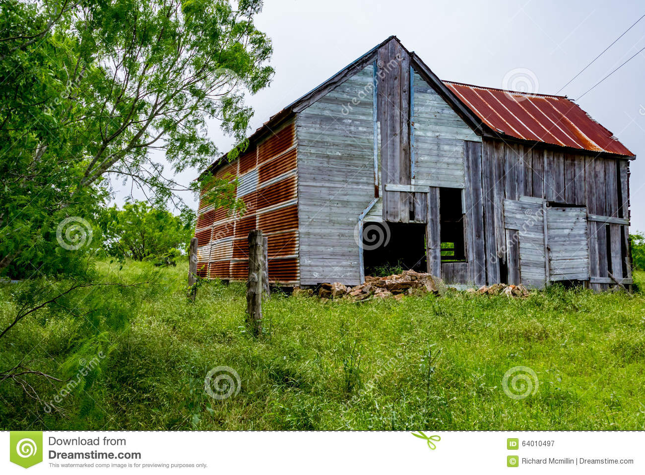 Building a shed on a hill - Old Texas Farm Building Royalty Free Stock Photography
