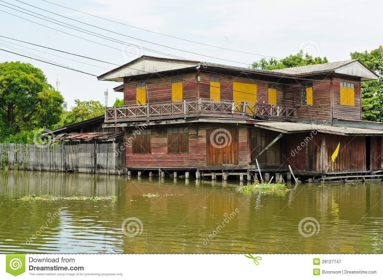 Old thai wooden house royalty free stock photography for Thai classic house