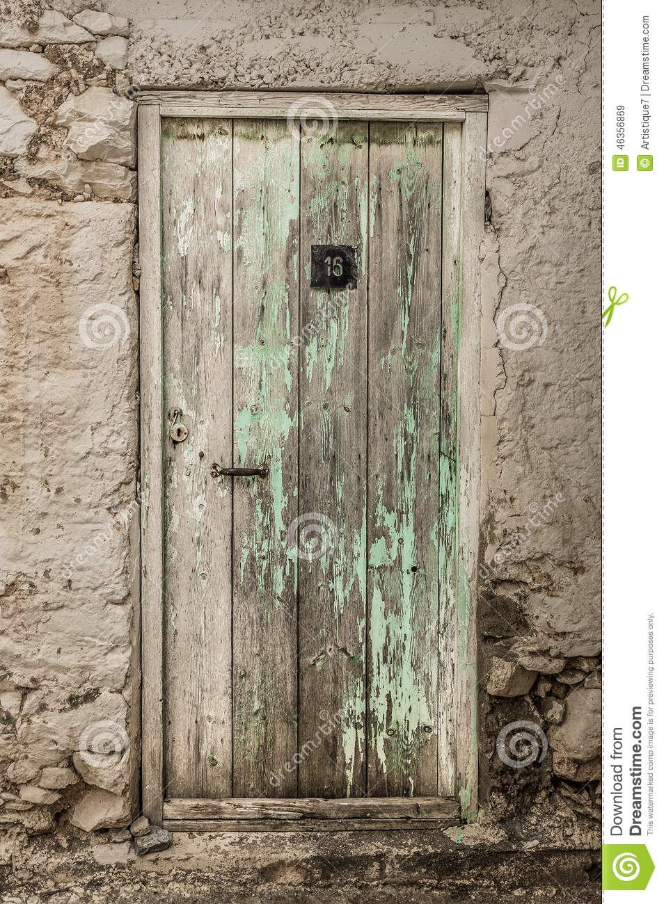 Old timber door in the scuffed wall & Old Timber Door In The Scuffed Wall Stock Photo - Image: 46356869 Pezcame.Com