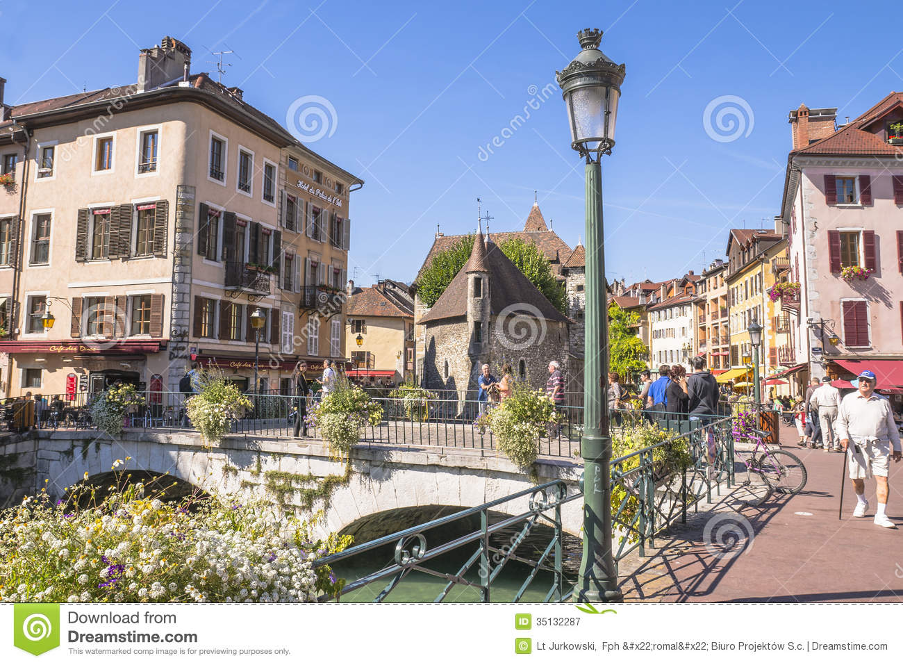 Old town annecy editorial photography image 35132287 - Boutique free annecy ...
