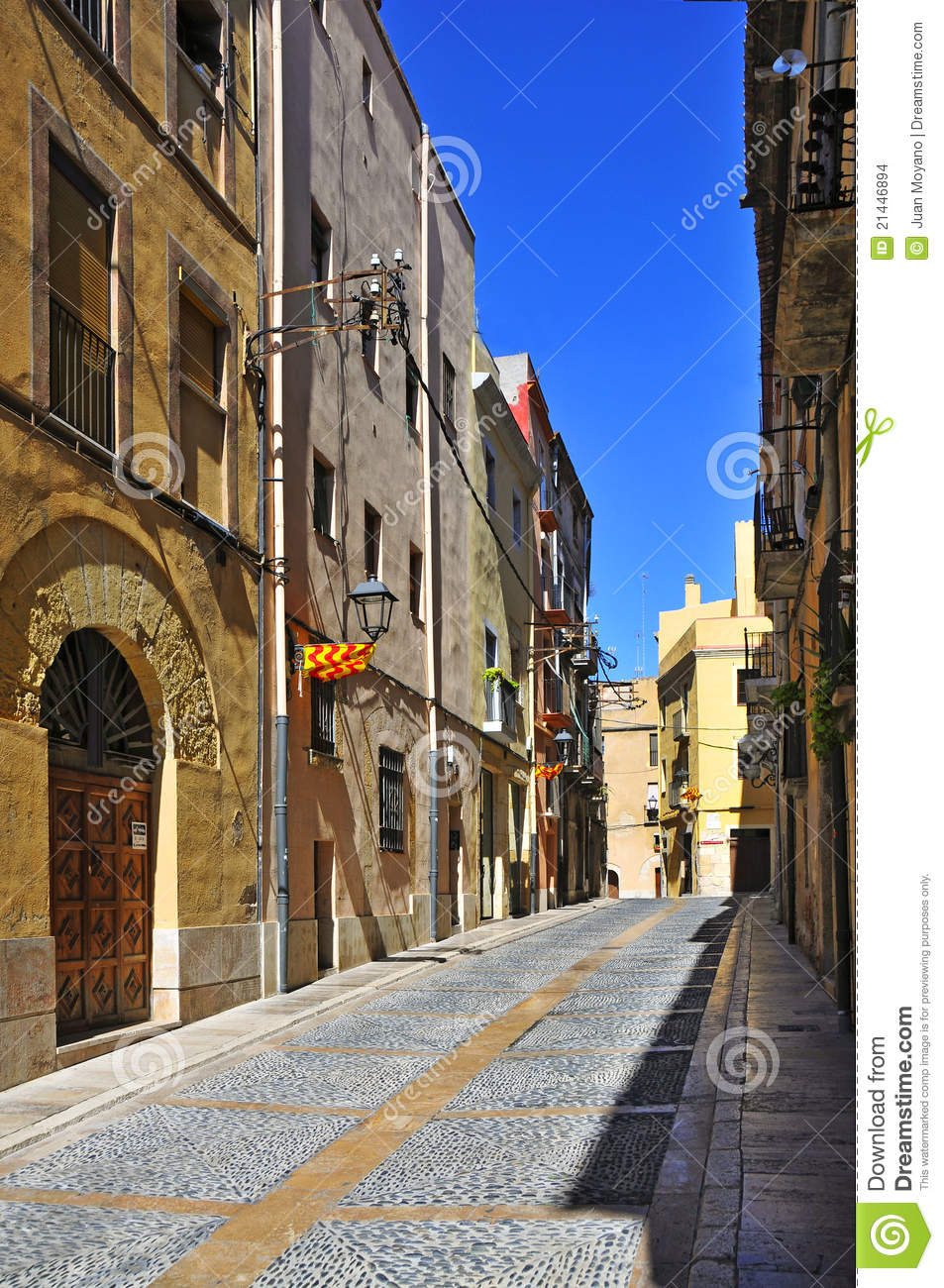 Old Town Of Tarragona Spain Stock Images Image 21446894
