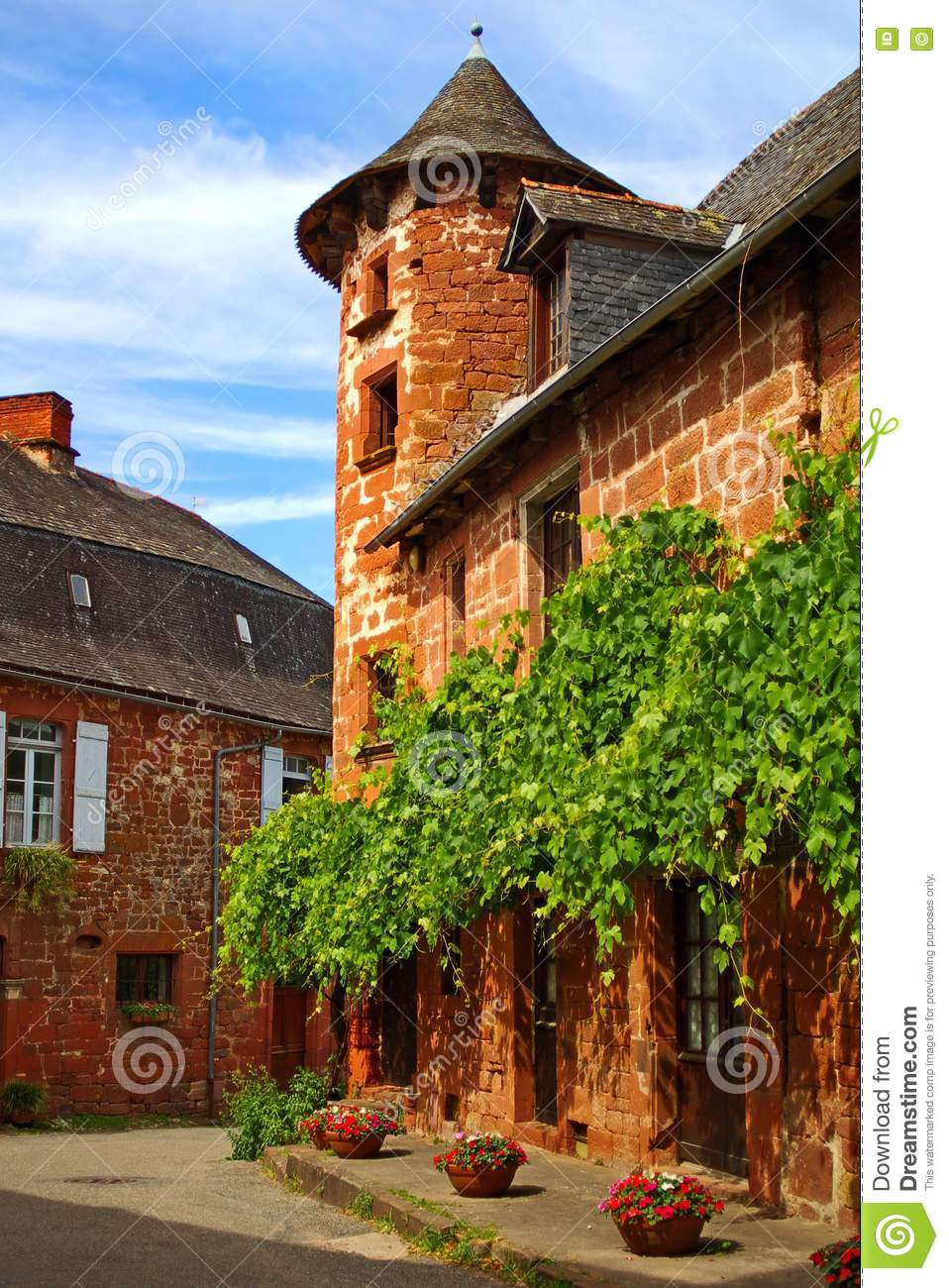 Old traditional french house collonges la rouge stock - Casa in francese ...