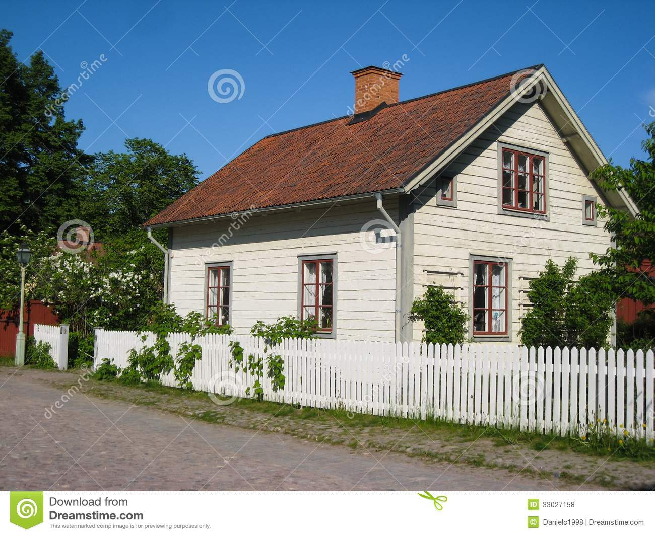Old traditional swedish house linkoping sweden royalty for Old traditional houses