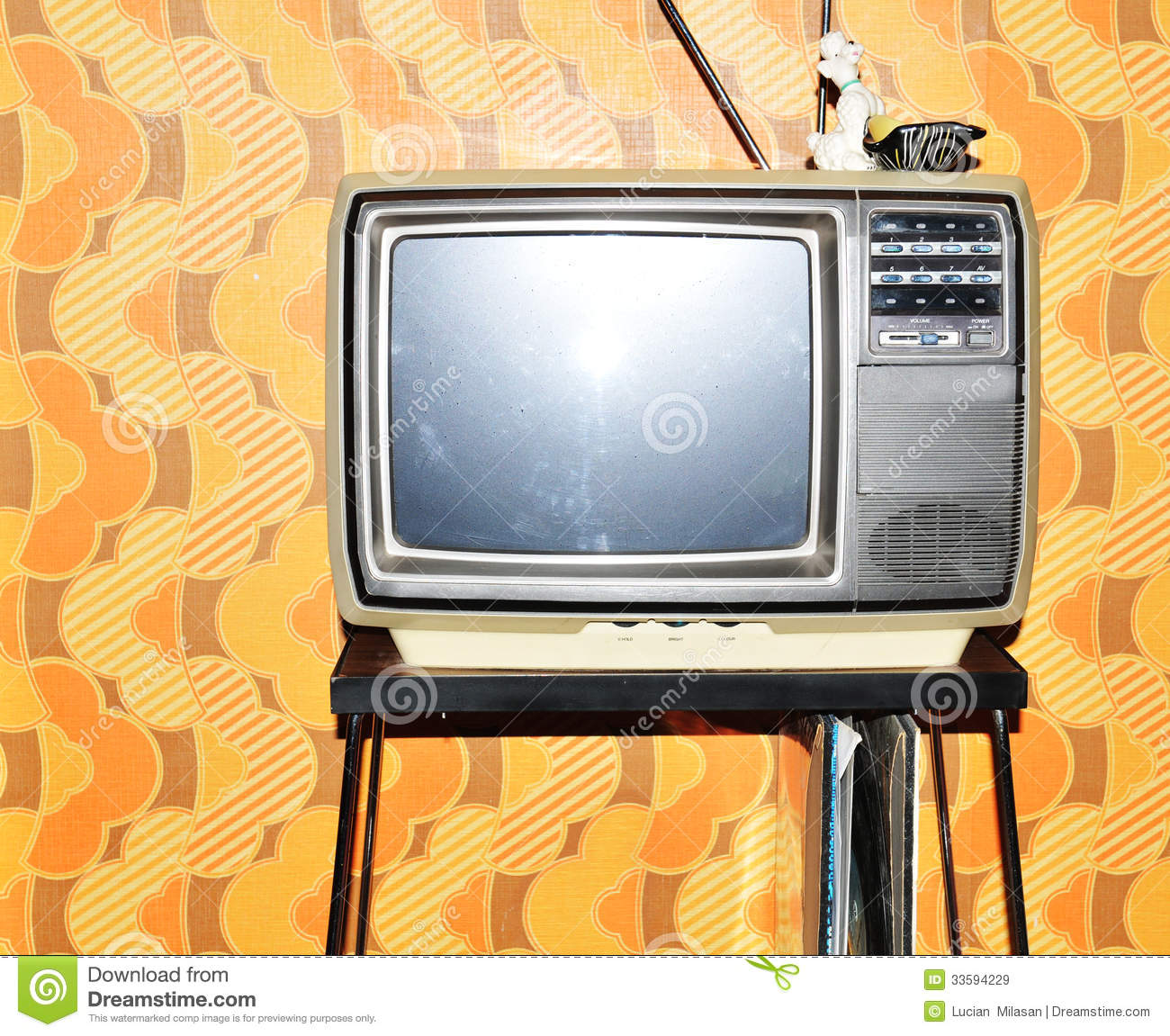 Old TV Set Royalty Free Stock Images - Image: 33594229