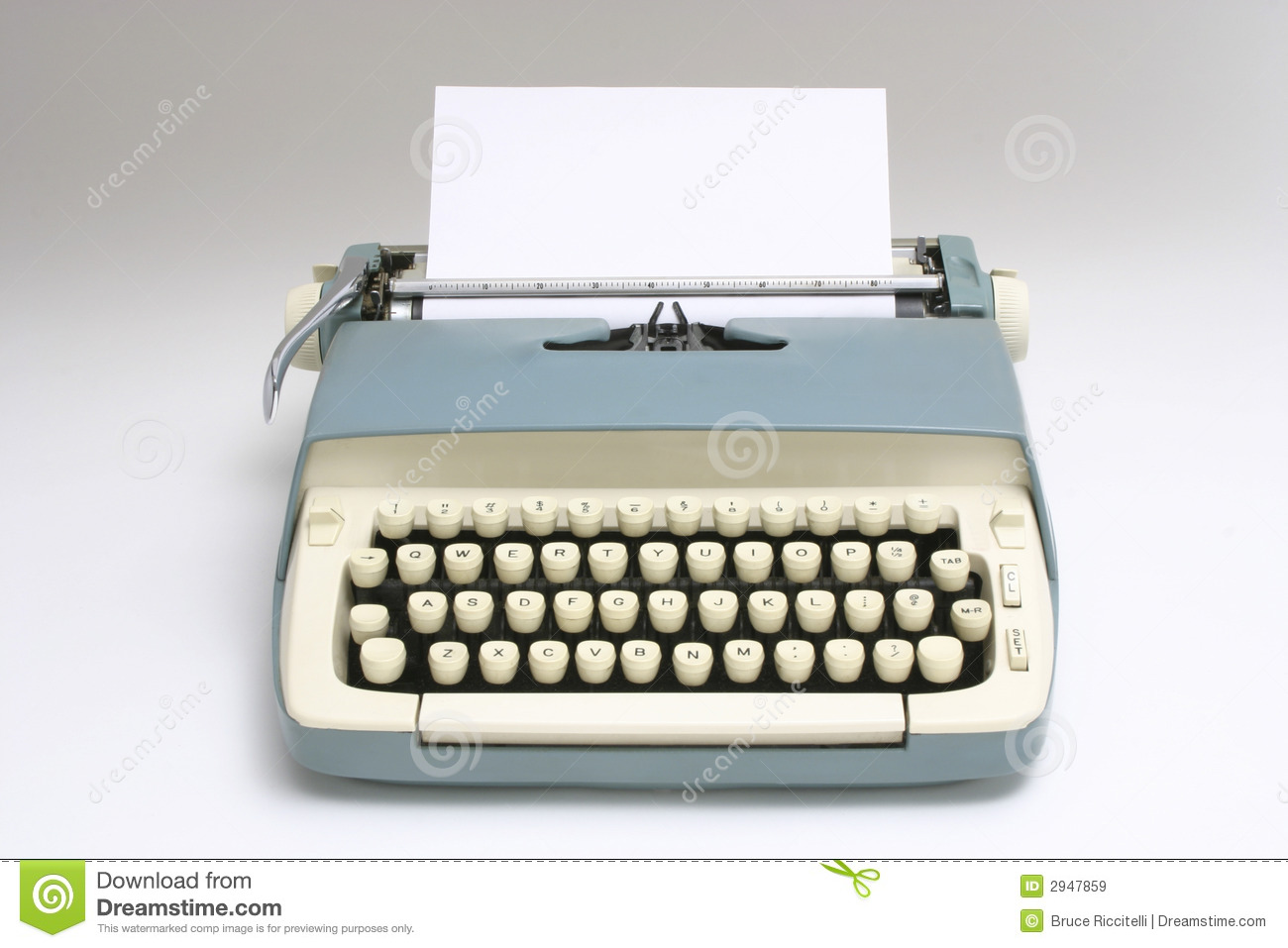 Old Typewriter With Paper Royalty Free Stock Images - Image: 2947859