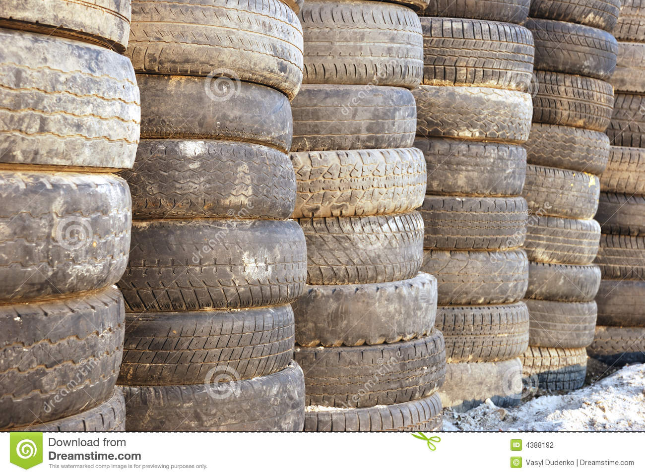 Used racing car tyres stock photography cartoondealer for Old tyre uses