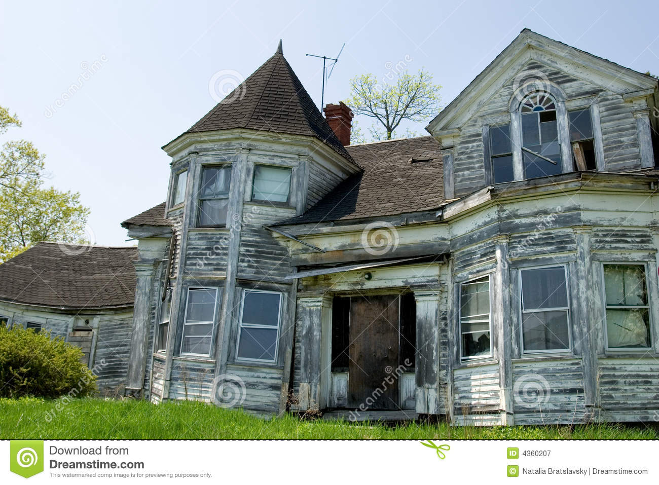 Old Victorian Home In Ruins Royalty Free Stock Photography