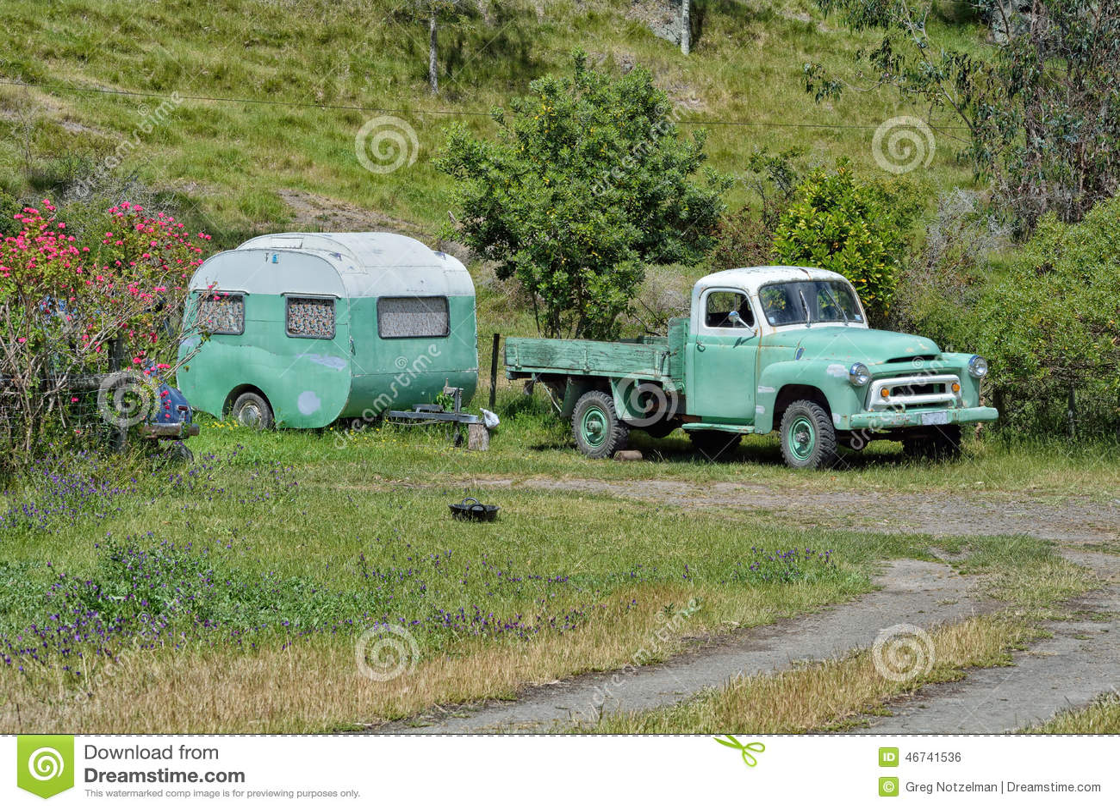 Old Vinatge Camper And Truck Royalty Free Stock Image