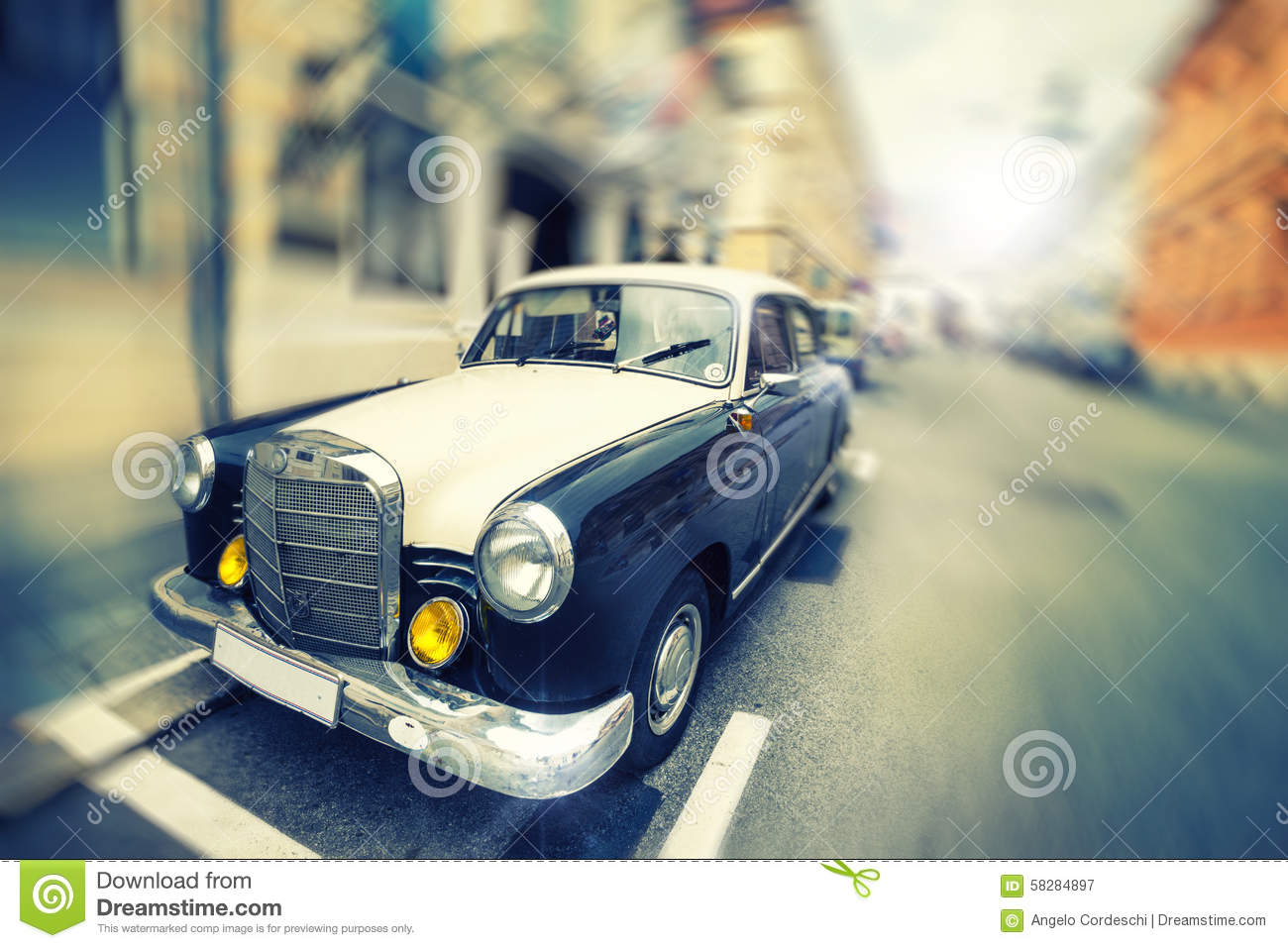 Old Vintage Elegant Car Luxury Car Parked Stock Image Image Of