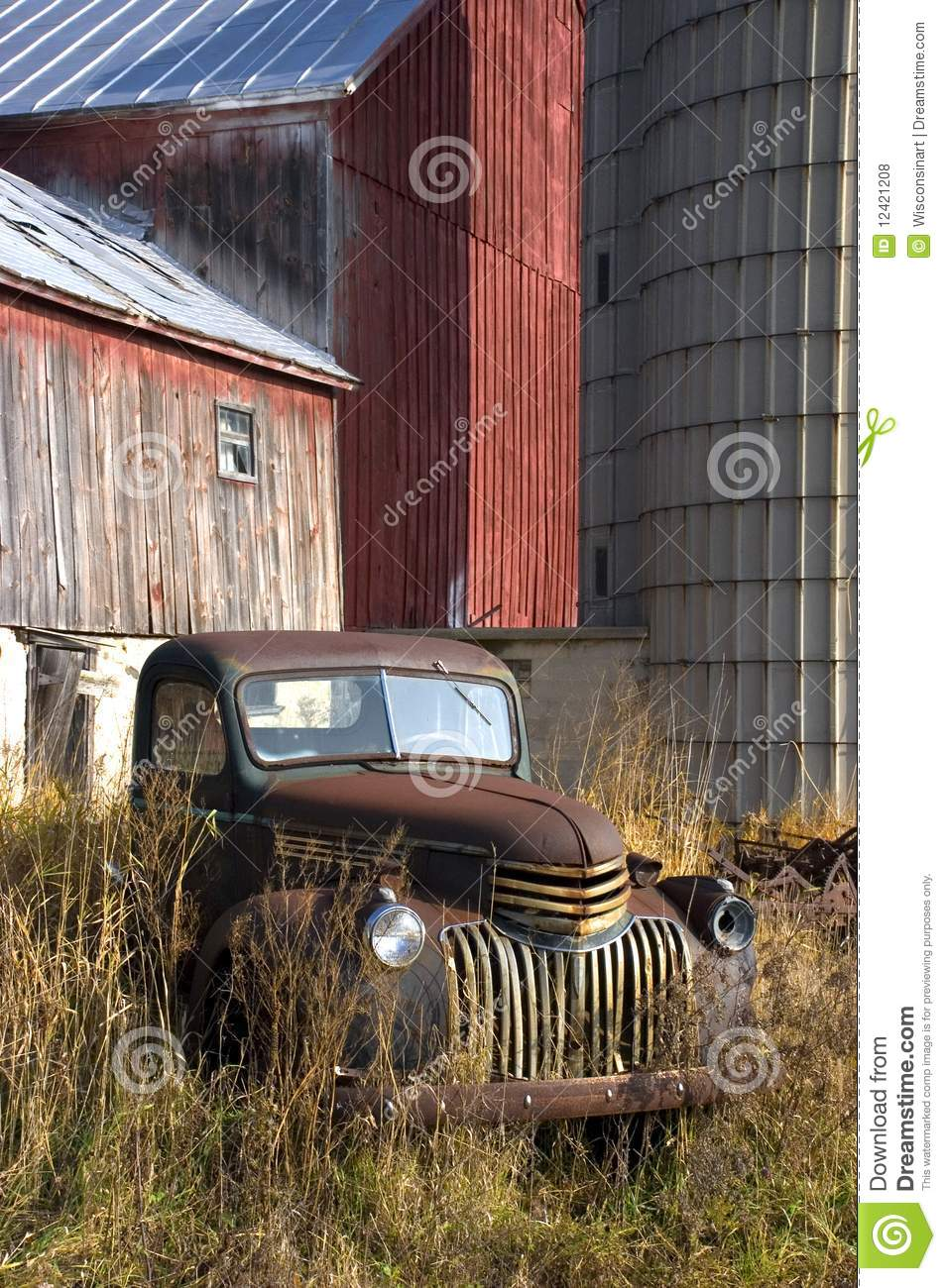 2 318 Vintage Old Farm Truck Photos Free Royalty Free Stock Photos From Dreamstime