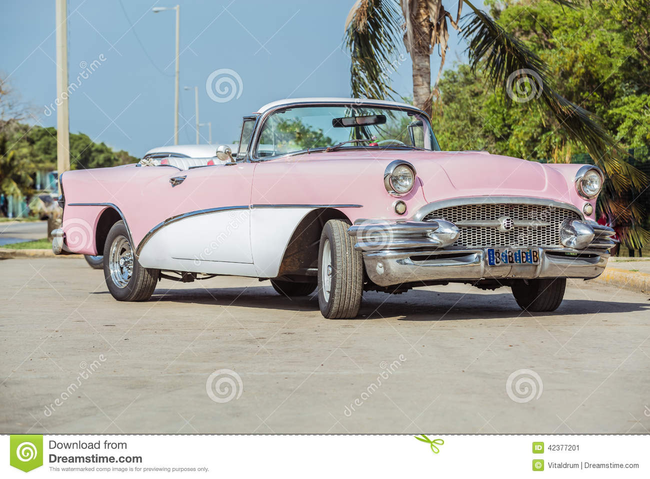 4 454 Vintage Pink Car Photos Free Royalty Free Stock Photos From Dreamstime