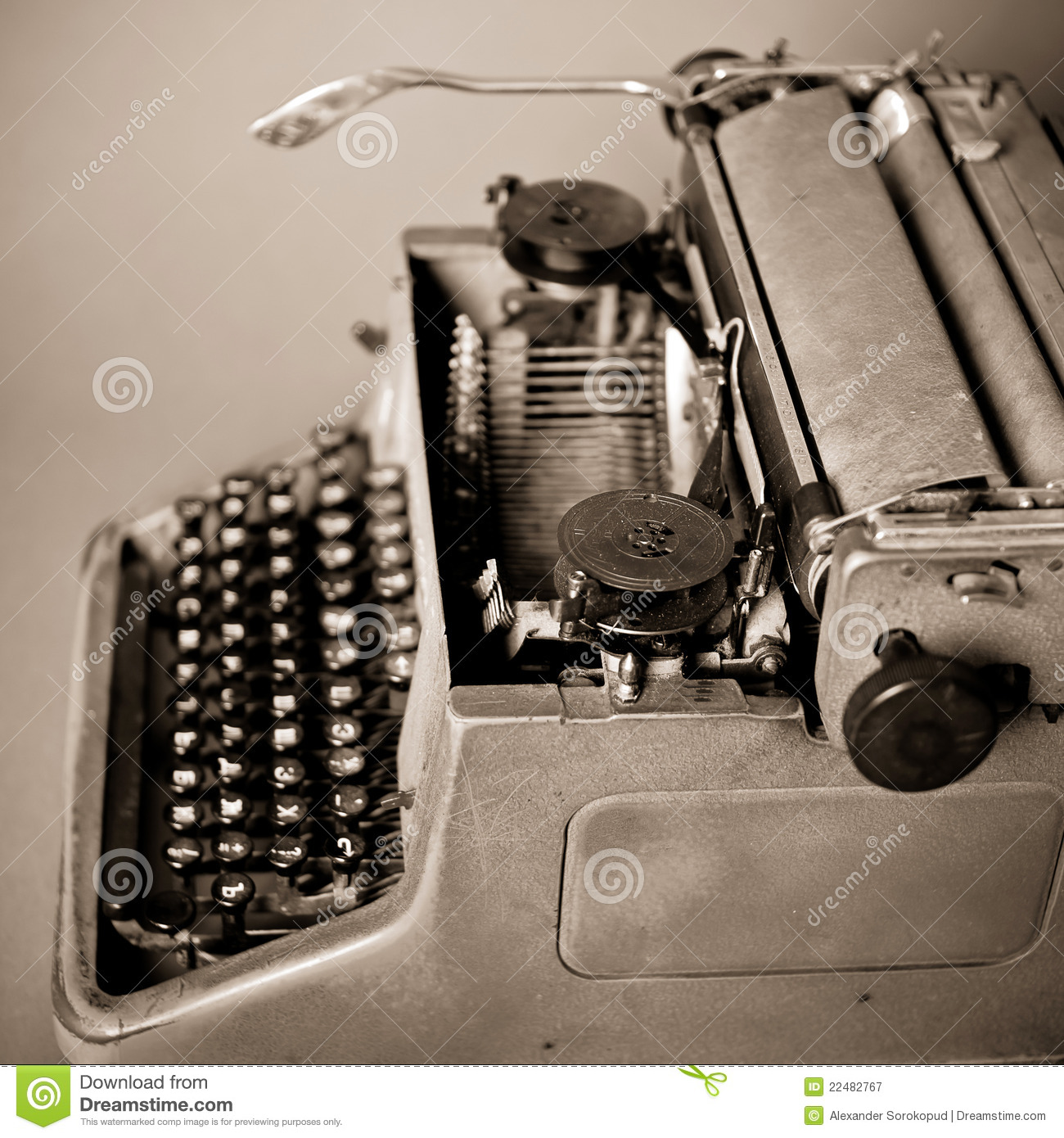 23a1f1802eb Old vintage typewriter stock image. Image of mechanical - 22482767