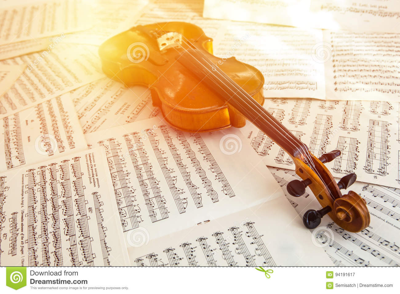 Old Violin Lying On The Sheet Of Music Stock Image - Image