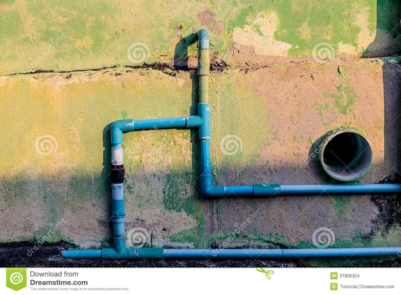 Old wall and the pvc water pipes stock images image for Water wall plumbing