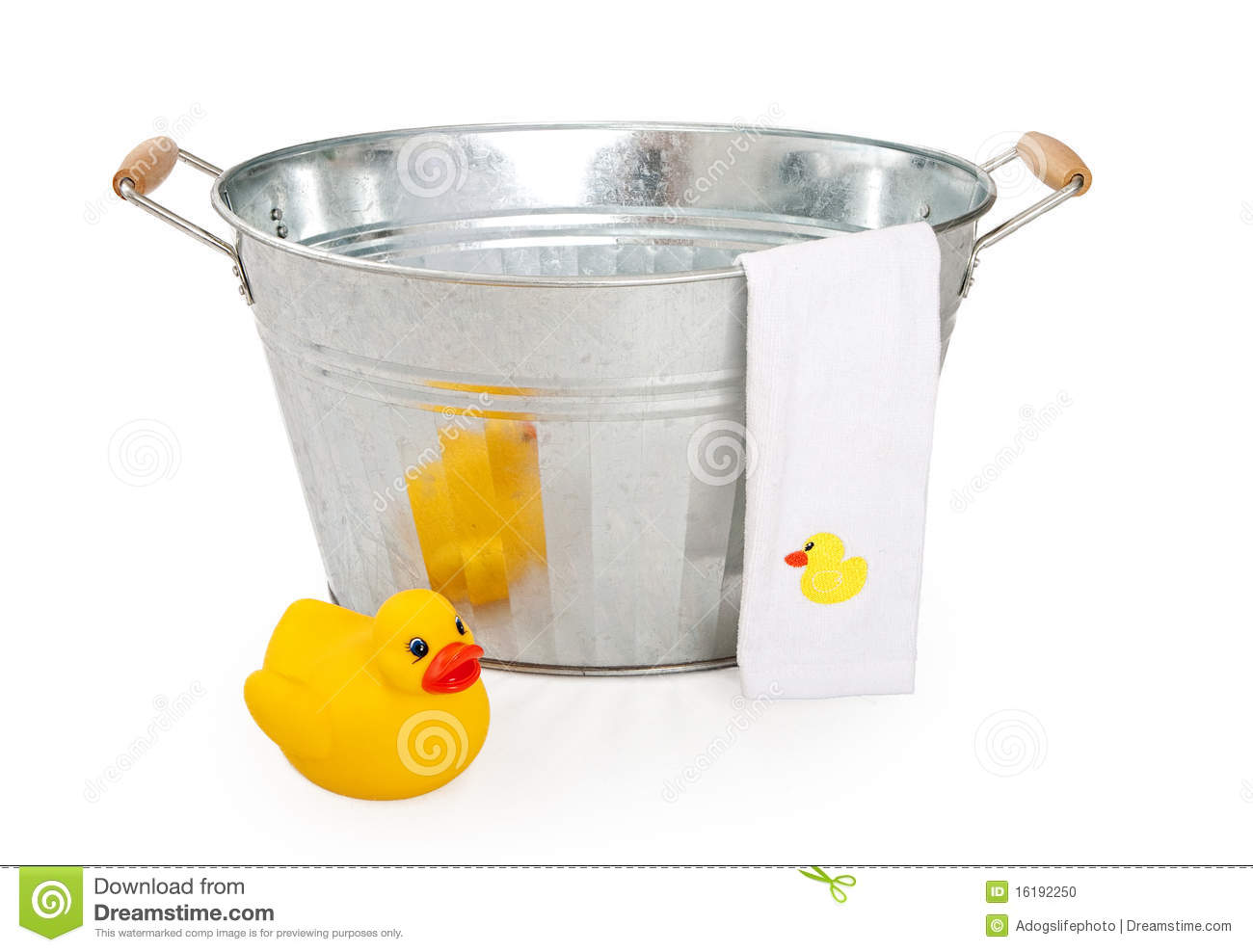 Old Wash Tub With Rubber Duck Stock Photo - Image of antique, rubber ...