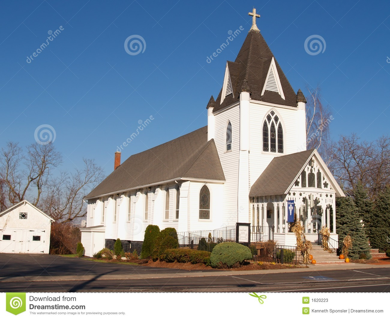 Old White Church Stock Photos Image 1620223