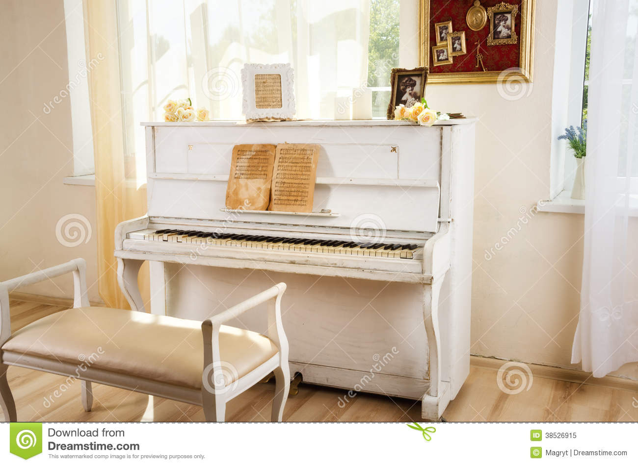 Old White Piano In Vintage Interior Stock Image Image