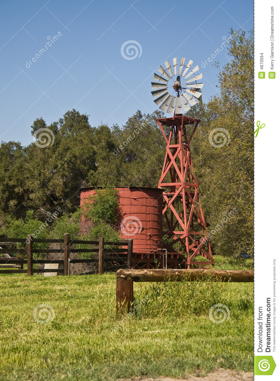 Old Windmill And Water Tank Stock Images Image 4670564