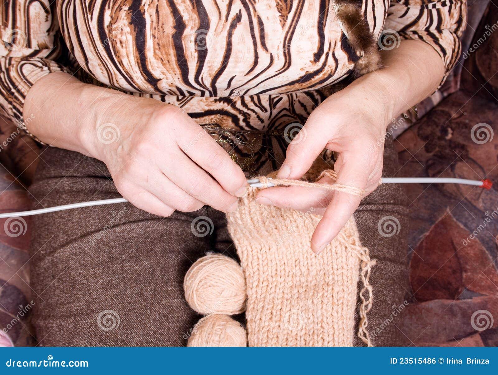 Old Knitting Woman : Old woman knitting royalty free stock image