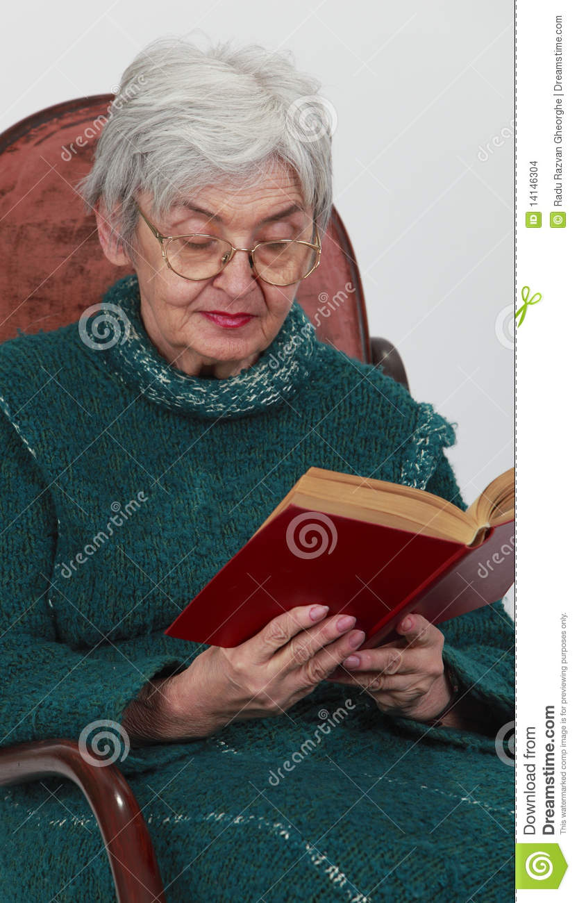 Old Woman Reading Stock Images Image 14146304