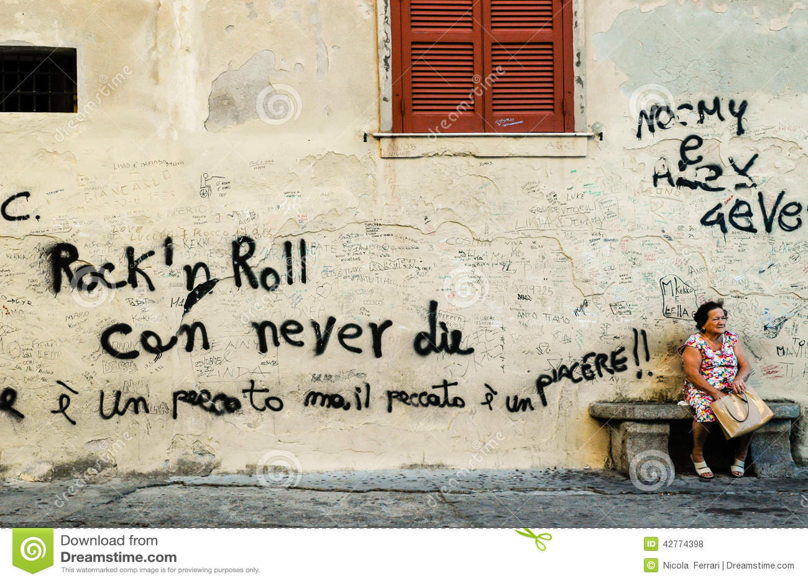 Graffiti wall writing - Editorial Stock Photo