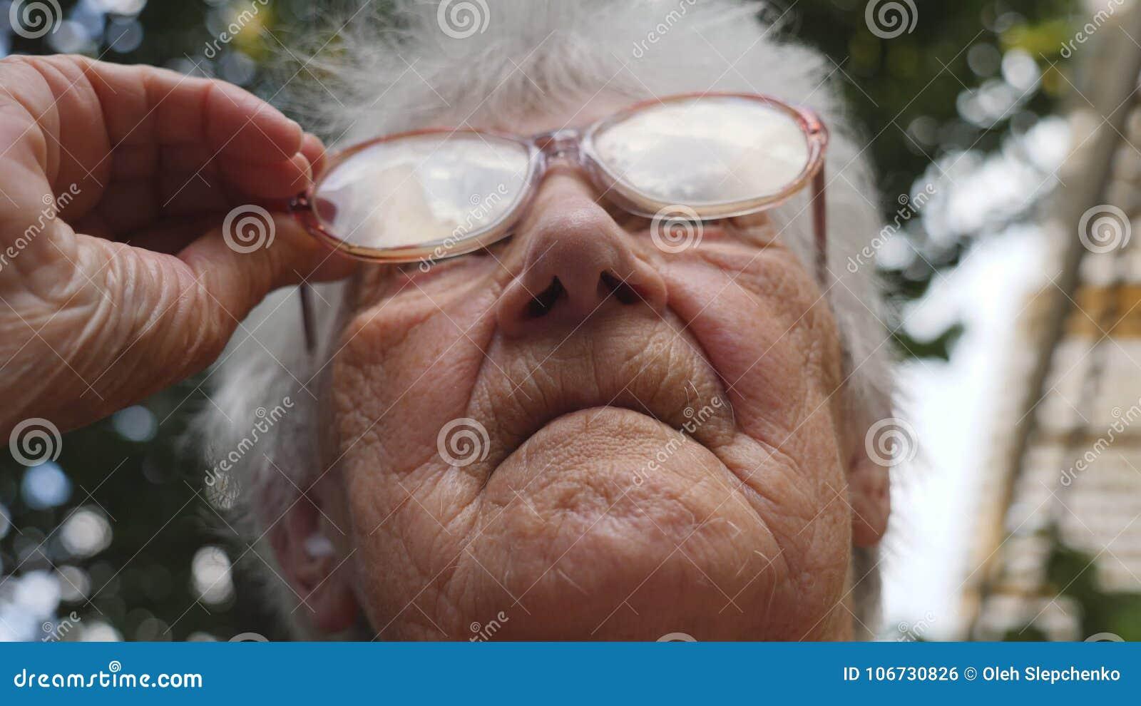 Outdoor Granny Thumbs