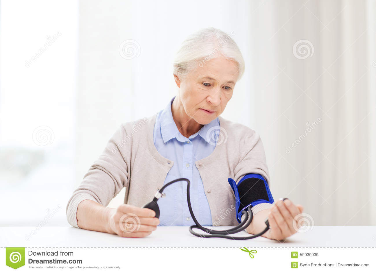 the old age and major health The 15 most common health concerns for seniors by being aware of these common chronic conditions, you can take steps to stave off disease as you age by madeline r vann, mph.