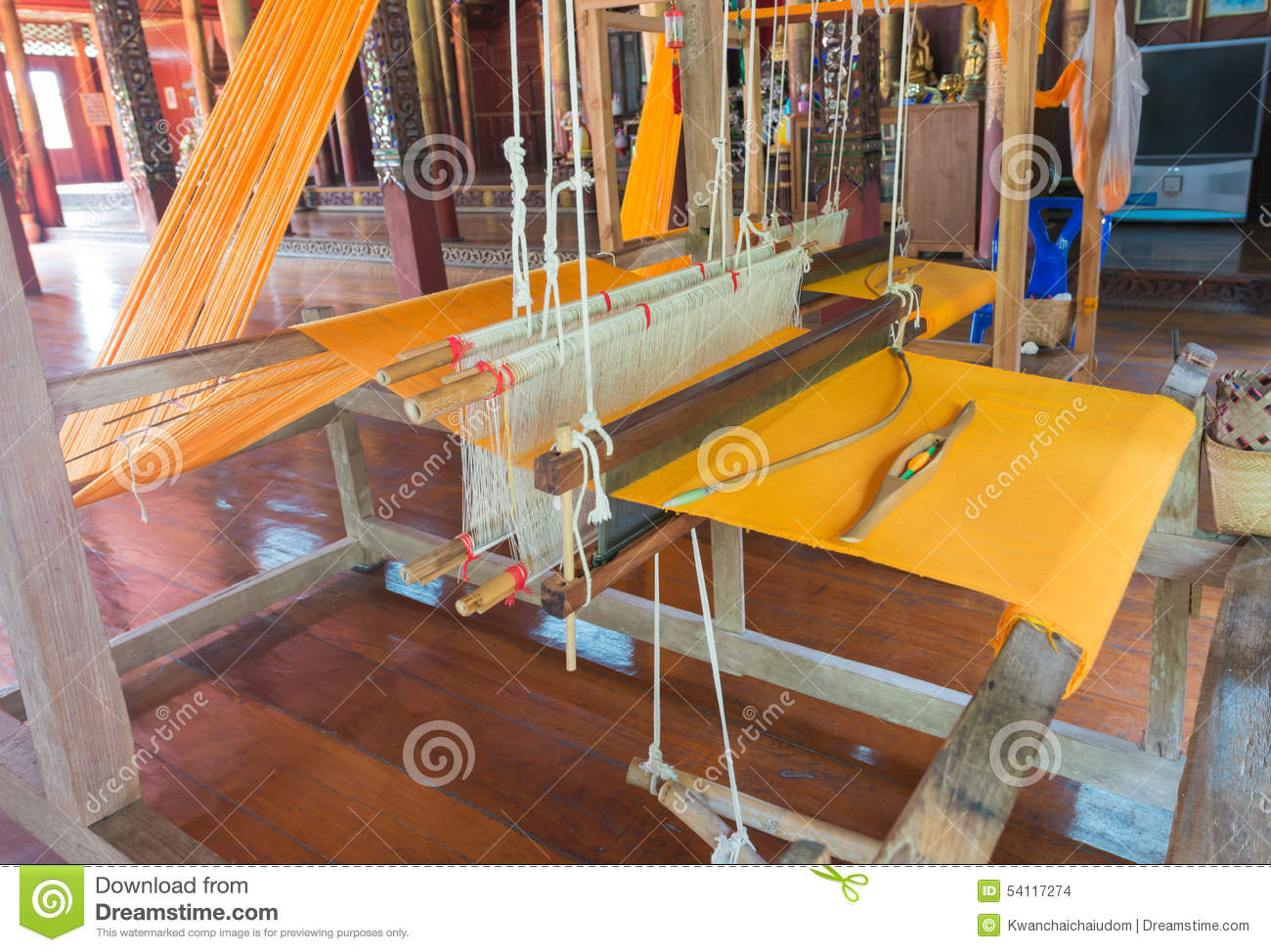 Old Weaving Machine Stock Images - Download 1,953 Royalty