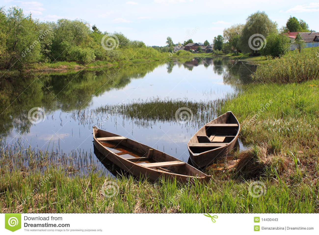 Old Wooden Boats At The River Stock Image - Image: 14430443