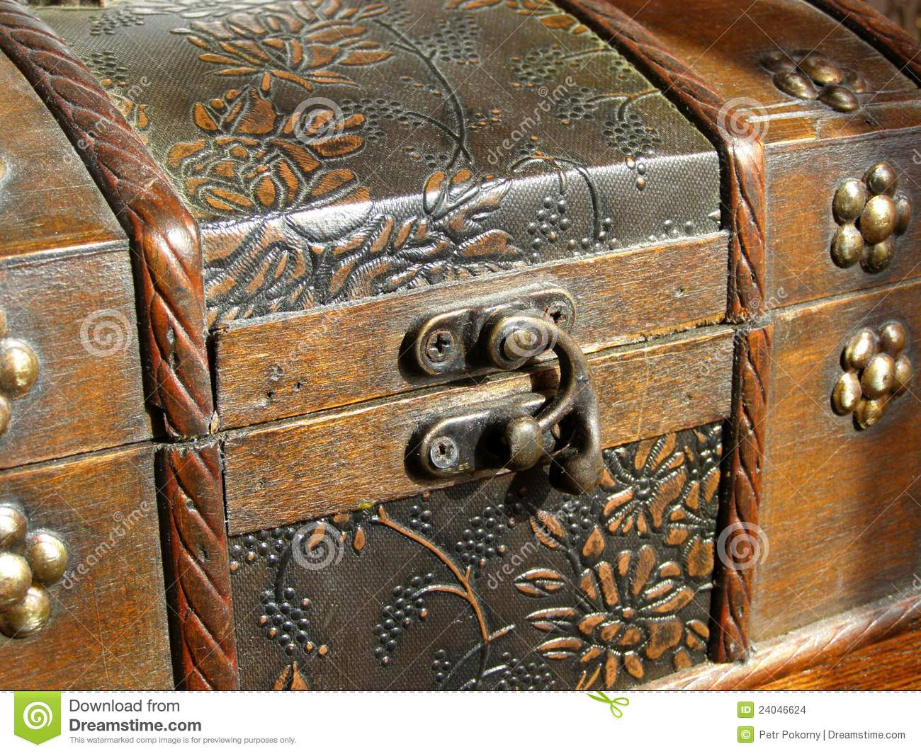 Old Wooden Chest Stock Images Image: 24046624. Full resolution  portraiture, nominally Width 1300 Height 1065 pixels, portraiture with #82A229.