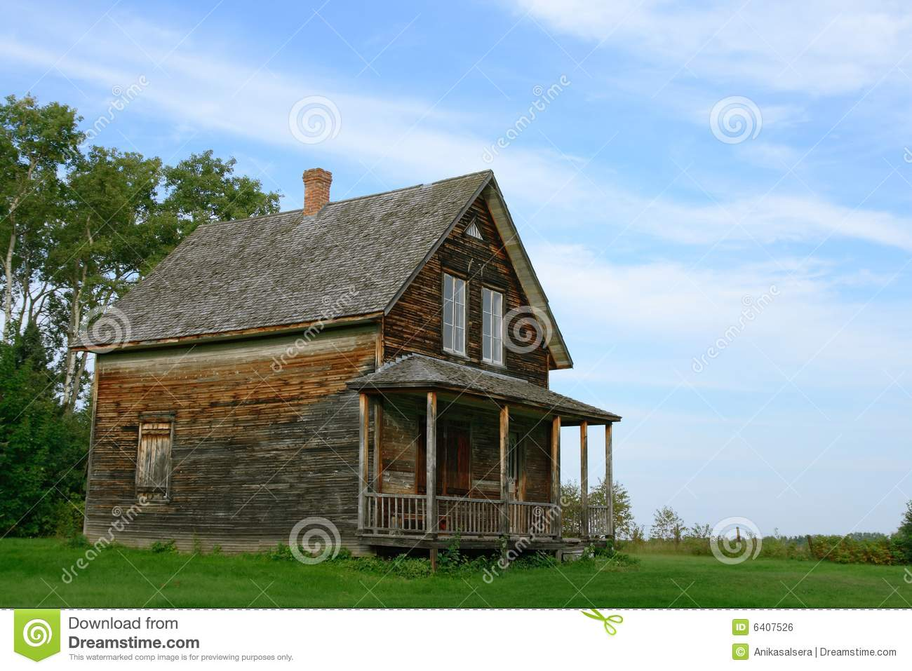 Old wooden country house royalty free stock image image for Vieille maison de campagne