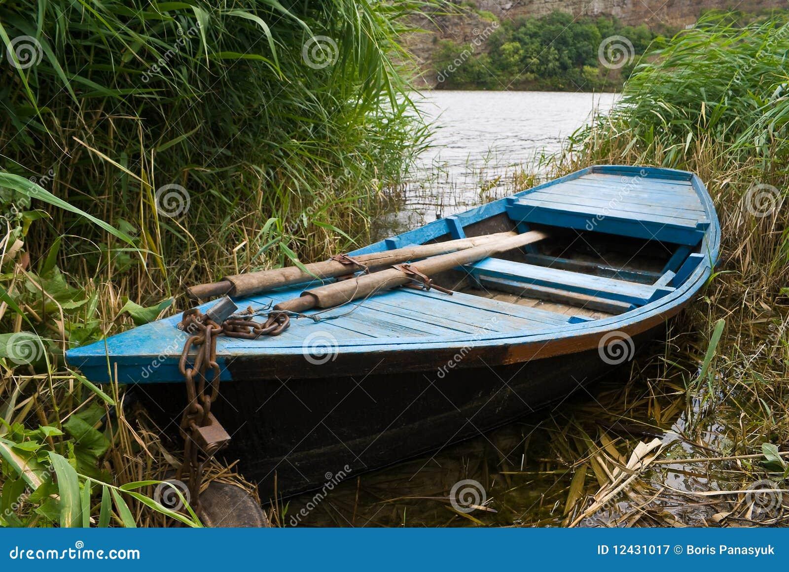 Old Wooden Fishing Boats Old wooden fishing boat