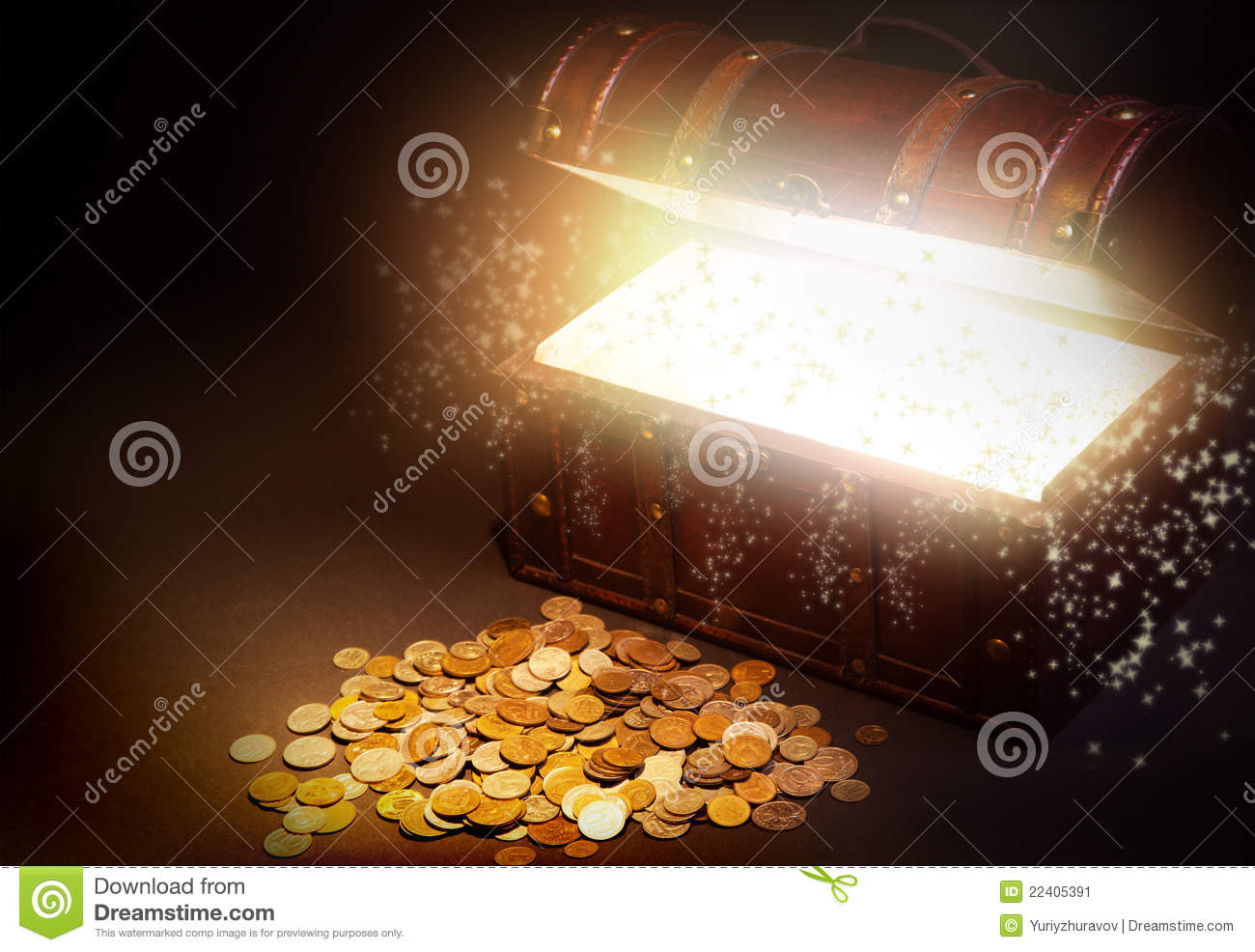 Old Wooden Treasure Chest With Gold Stock Image - Image ...